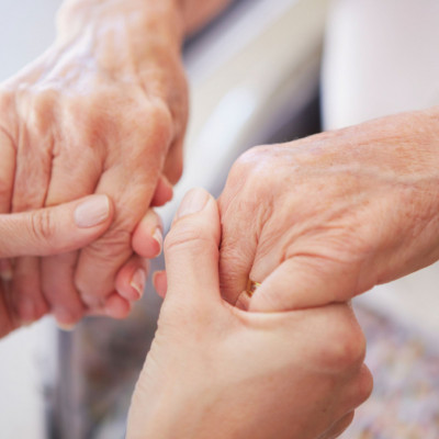 Da li je oticanje ruku bezazleno i kada je vrijeme za liječnika